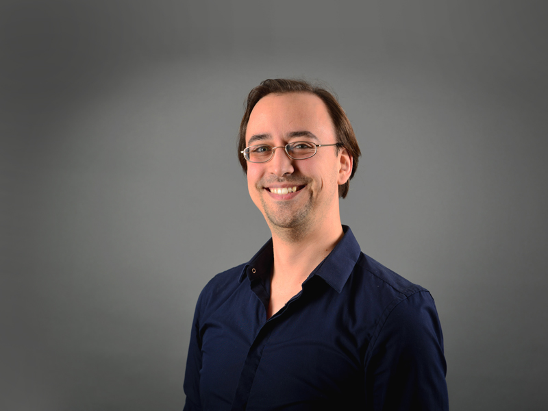 Dr. Christian Thomay